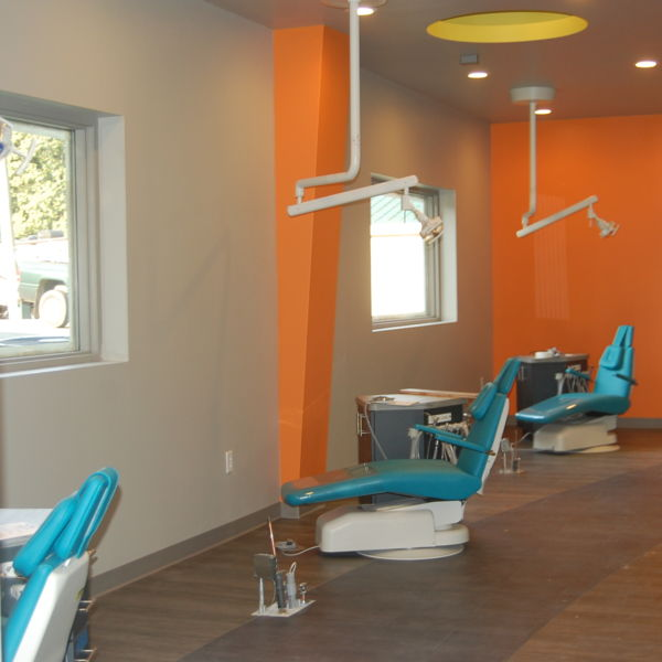 Behl Orthodontics Yortown Pediatric Dentistry - Bay from the side.JPG
